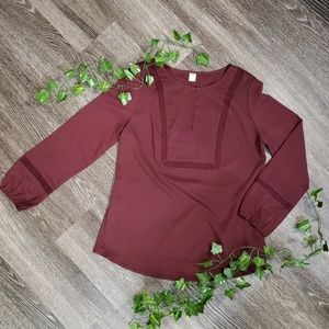 🌿2/$15 - Old Navy Burgundy Blouse